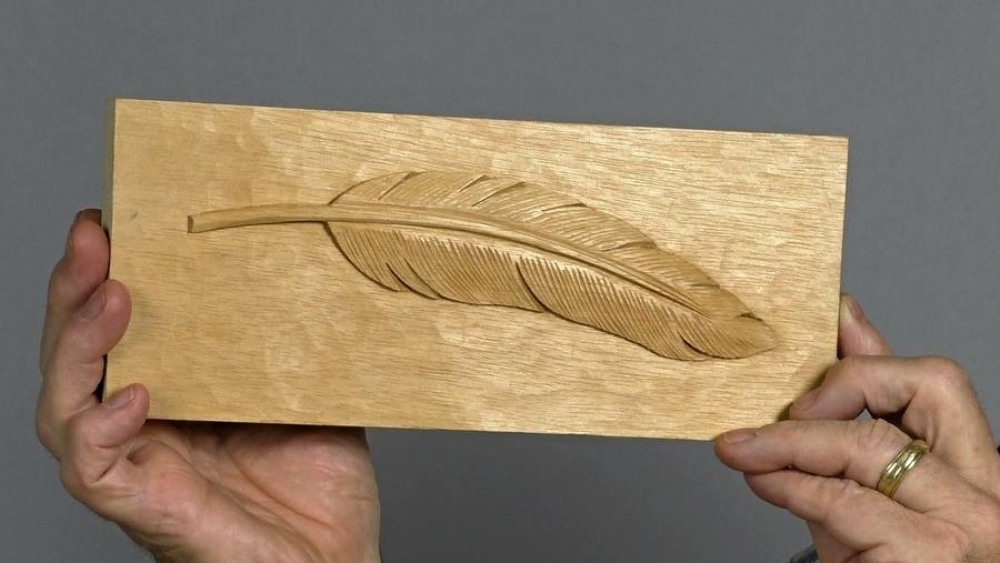 Low relief feather woodcarving workshops