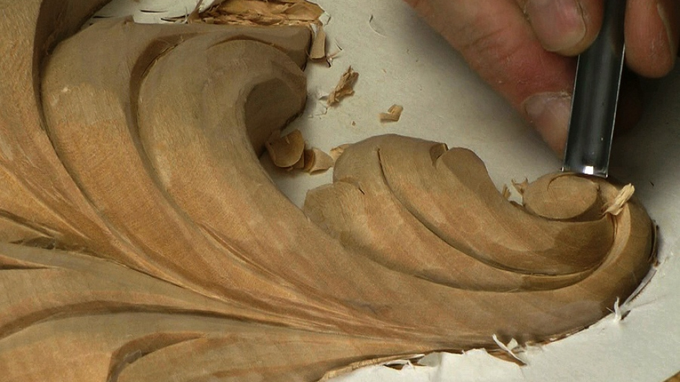 Acanthus leaf carving baroque woodcarvingworkshops tv